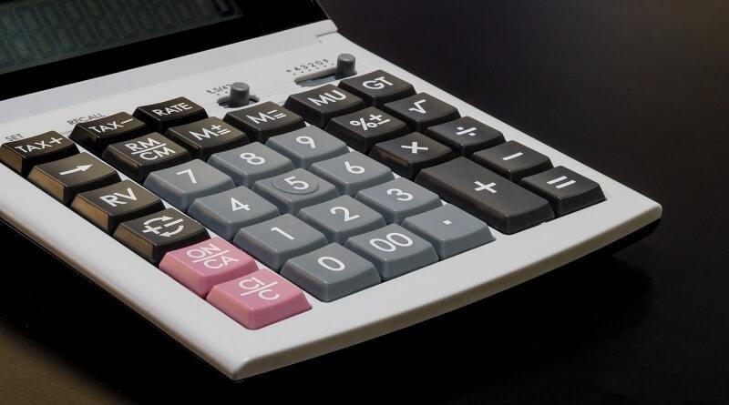 calculator-1085391_1280