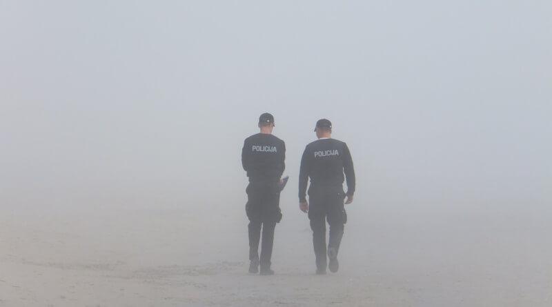 police-651504_1280